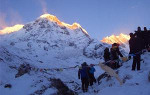"""Lonely Planet recommends """"Go trekking in Annapurna, Nepal in October 2015"""""""