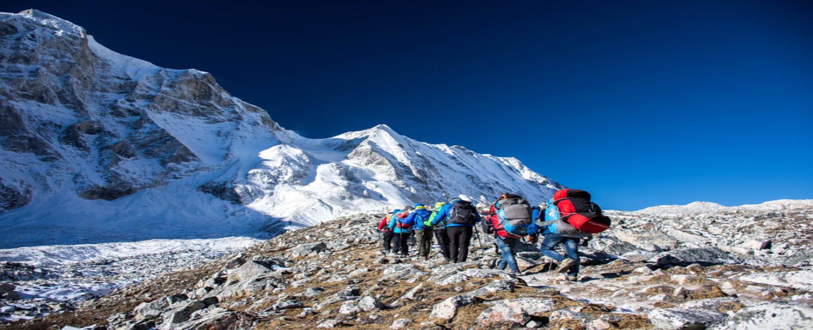 Manasalu Larke pass trekking