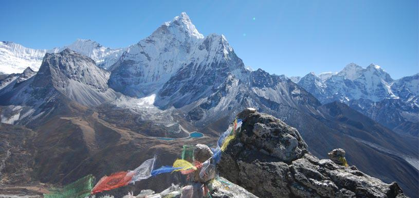 View of sky touching Everest family from Gokyo valley