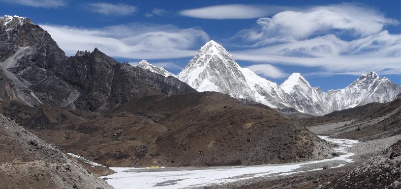 Way to Khumbu Glacier
