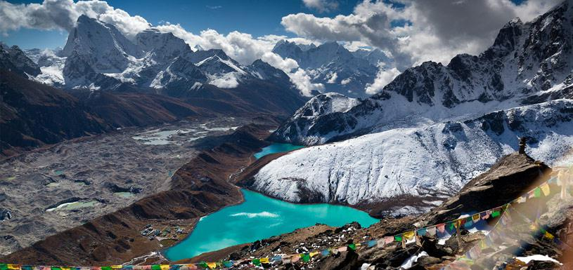The beautiful Gokyo Lake