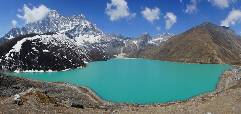Beautiful Gokyo Lake