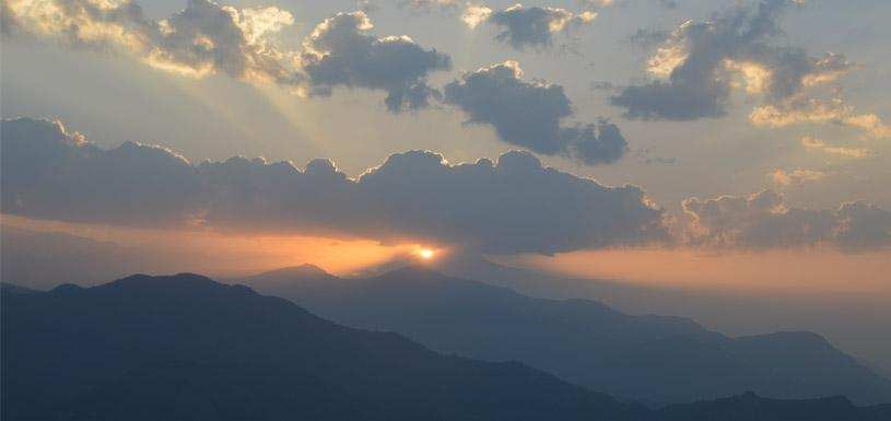 Beautiful view of Sunrise from Sarangkot (Pokhara)