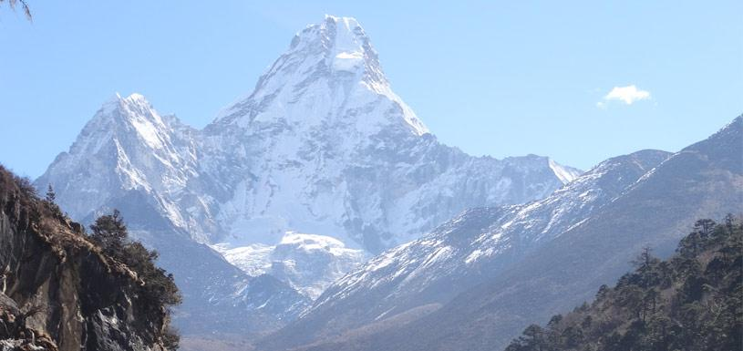 The towering Ama Dablam in front of Dingboche